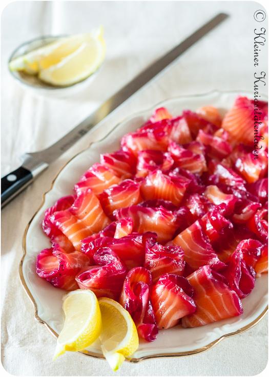 Gebeizter Lachs mit Roter Beete und Gin