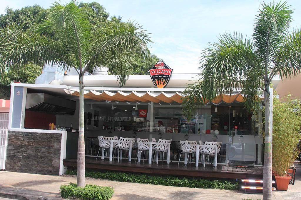 Restaurante especializado en carnes a la parrilla abre sus ...