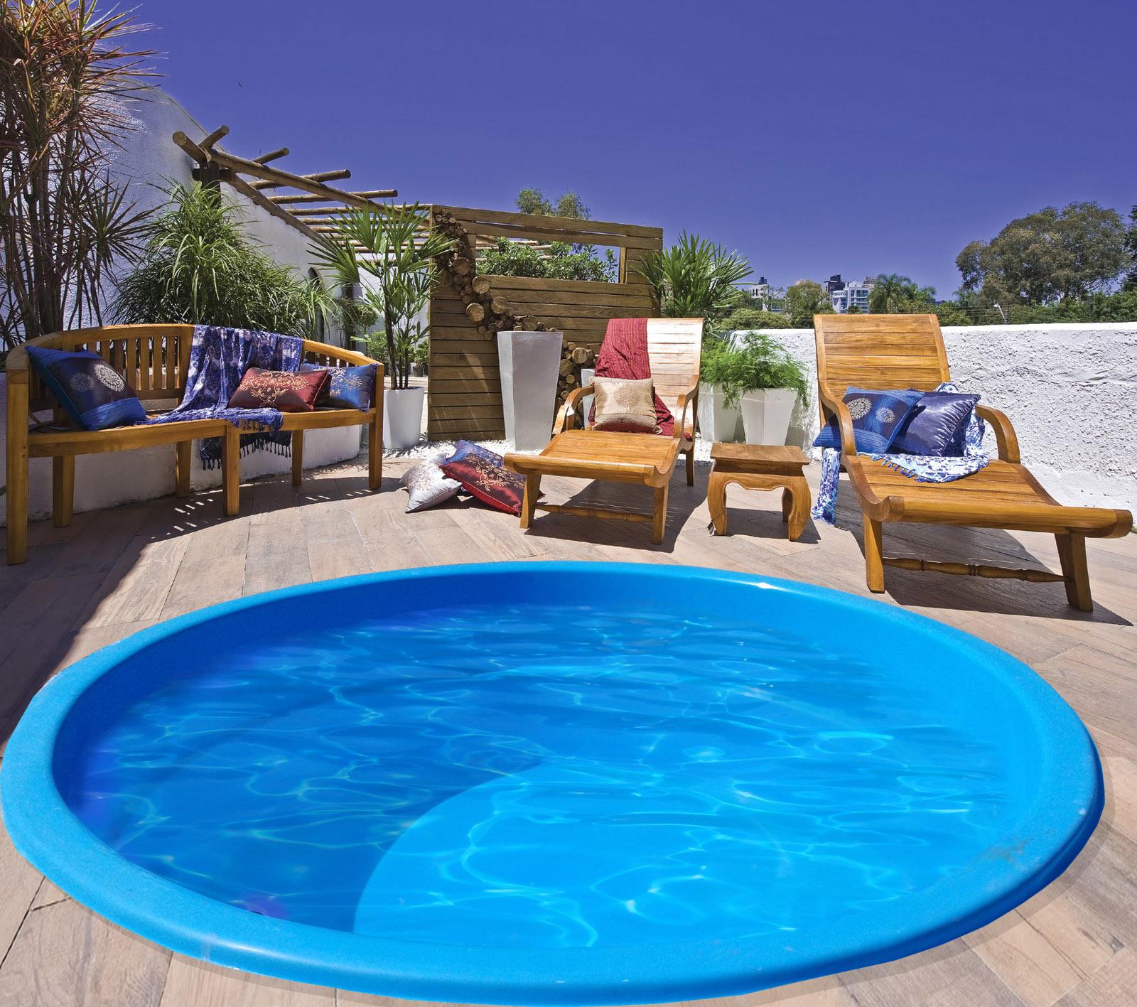 Uniglass spas piscinas e banheiras for Modelos de piscinas recreativas