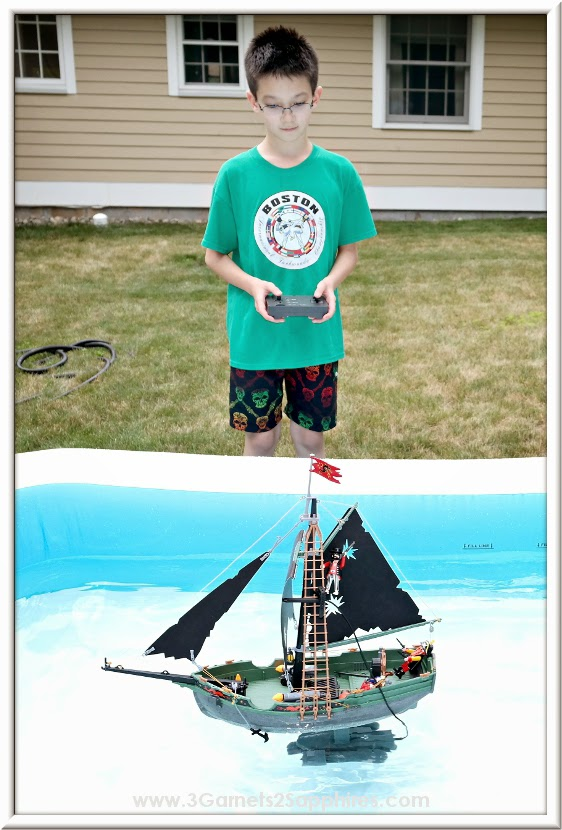 Playmobil (5238) RC Pirates Ship with Underwater Motor  |  www.3Garnets2Sapphires.com