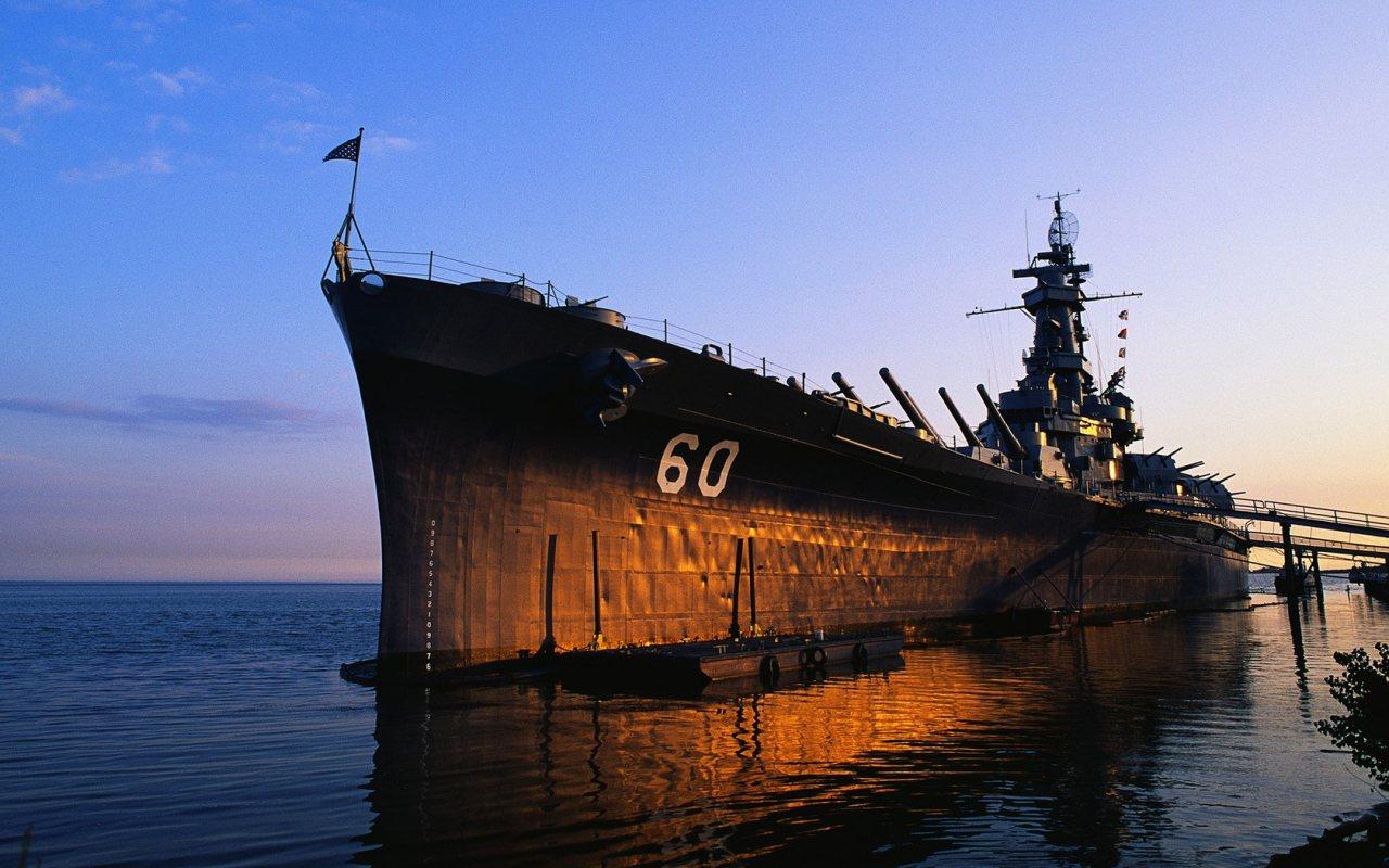 http://3.bp.blogspot.com/-mp-yHRpBtok/TtiPemH8w9I/AAAAAAAAAS4/dPwTPjDbbAc/s1600/army-ship-1280x800.jpg