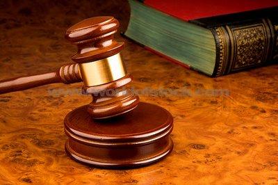 Contoh Makalah Supremasi Hukum