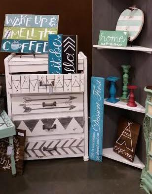 dresser, redo, fusion mineral paint, tribal design, DIY, vintage show, http://bec4-beyondthepicketfence.blogspot.com/2015/10/dresser-redo-with-fusion-mineral-paint.html