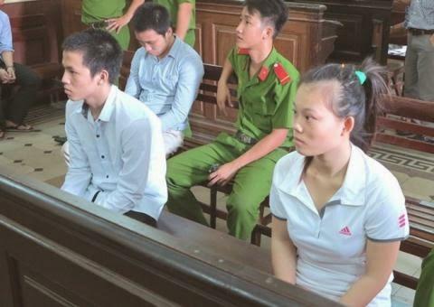 Ba người phụ nữ vào tù vì mang tội hiếp dâm