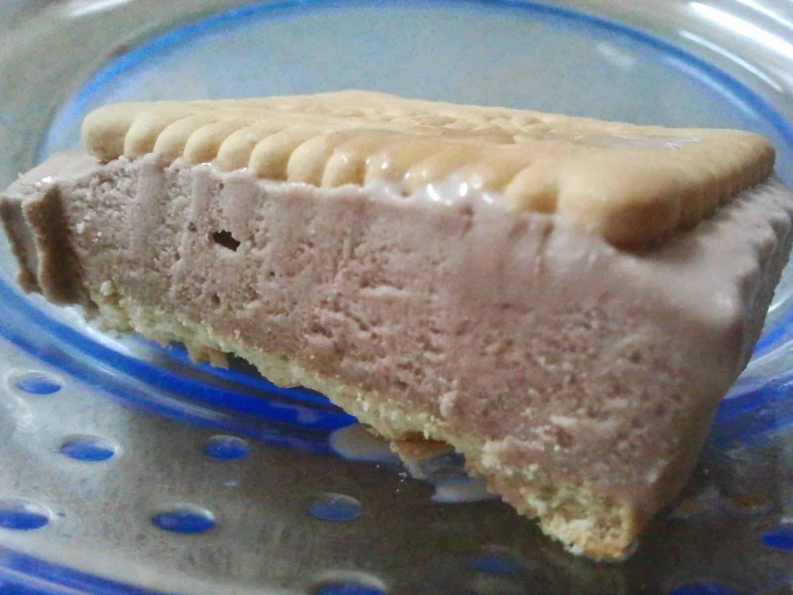 loacker ice cream sandwich