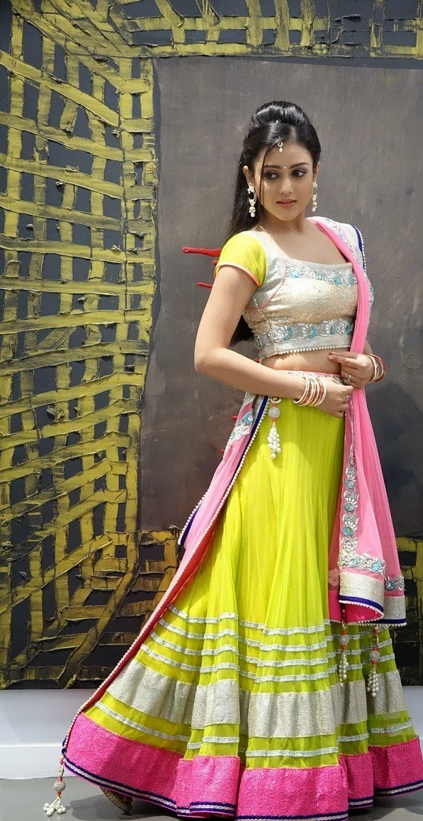 Mishti Chakraborty Telugu Actress Latest Photoshoot Stills Gallery, chinnadana neekosam heroine photos, chinnadana neekosam heroine, Mishti Chakraborty photos