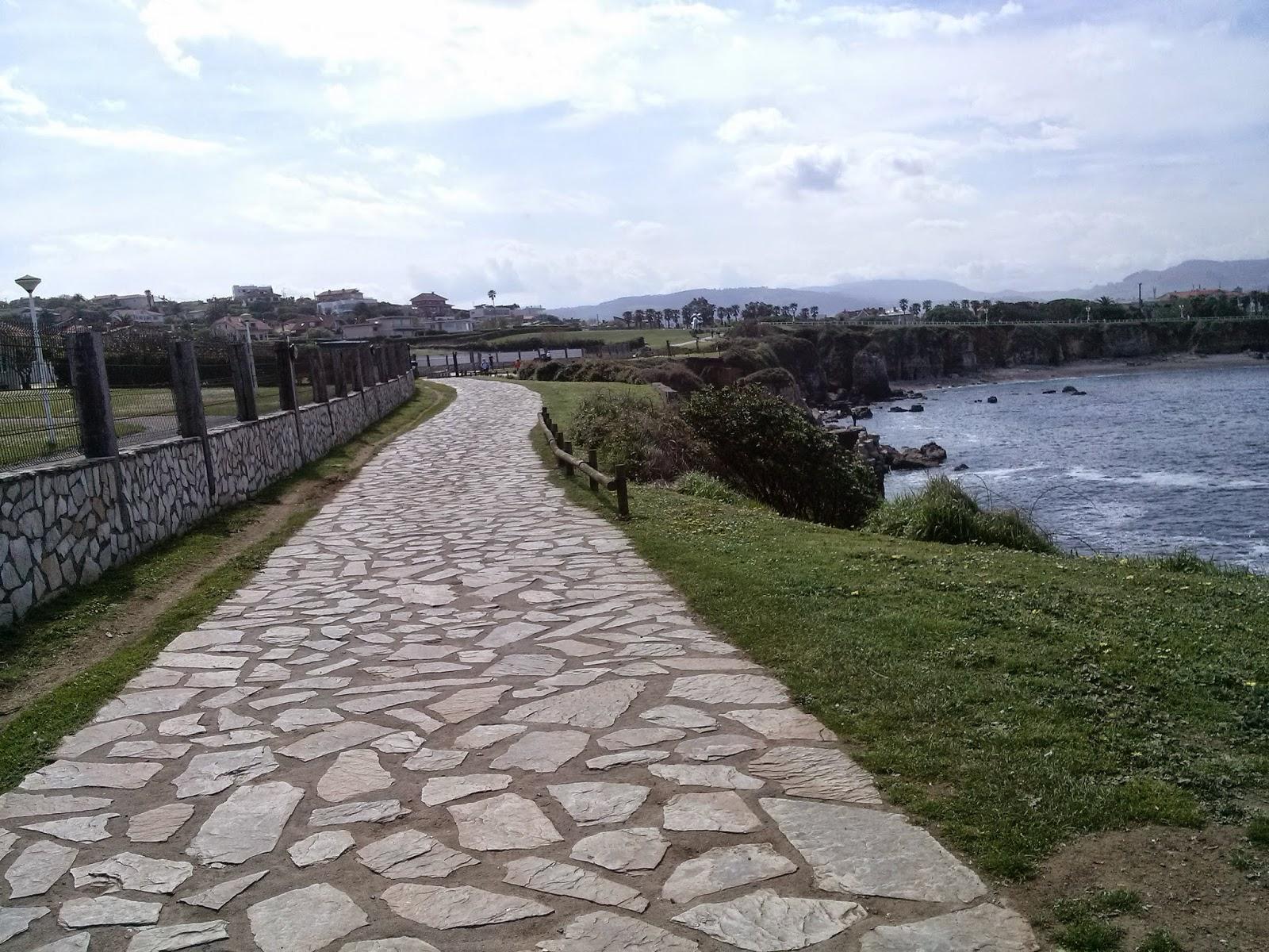 gijon mar paseo asturias