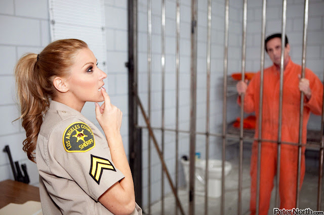 abd29168f8 hardcore jail prison sxx teasers 1 Photos Polisi Wanita Cantik Bercinta Dengan Napi Di Sel Tahanan