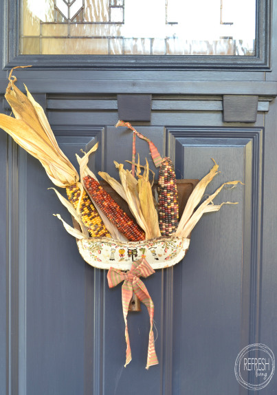 Repurposed Dust Pan Autumn Decor