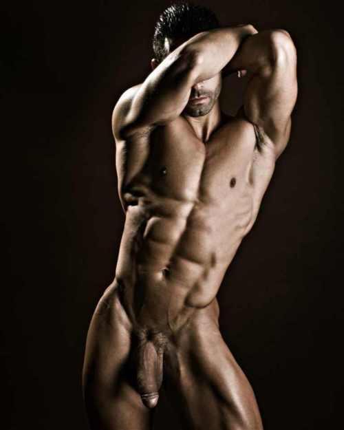 фото красивые мужчины голые