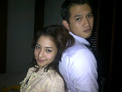 foto hot Rezky Adityta dan nikita willy