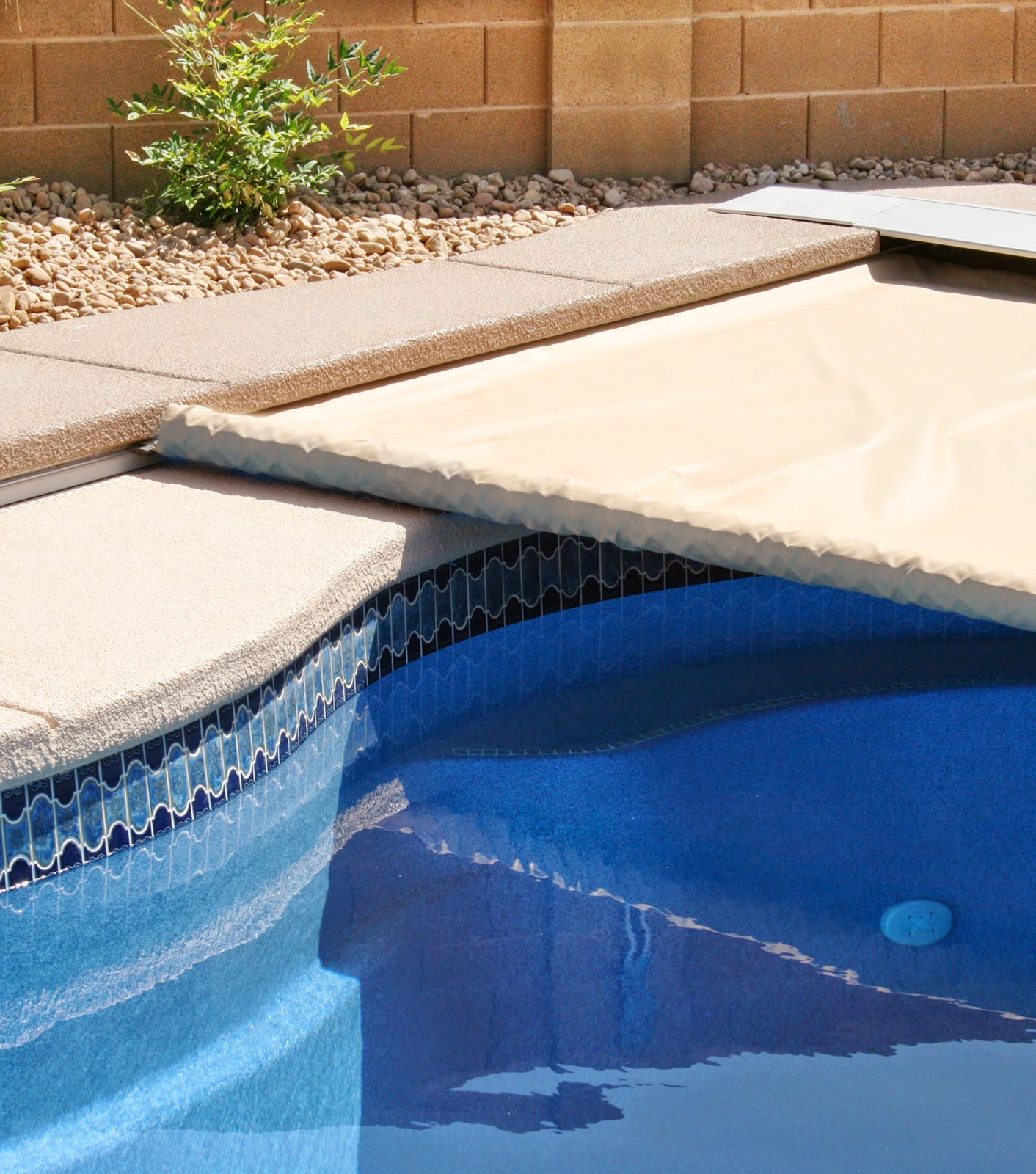 Coverstar Safety Swimming Pool Covers For Automatic And Solid Mesh What Are The Benefits Of