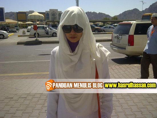 Wordless Wednesday #WW | Heliza Helmi, Diana Amir, Irma Hasmie di Mekah