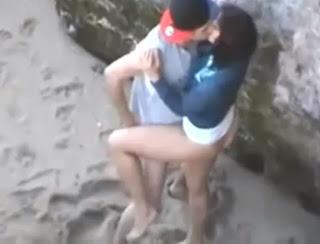 Flagra na Praia – Resolveram Trepar e Foram Filmados