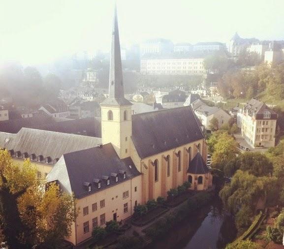 Grund (cidade baixa de Luxemburgo) vista das Casamatas de Bock