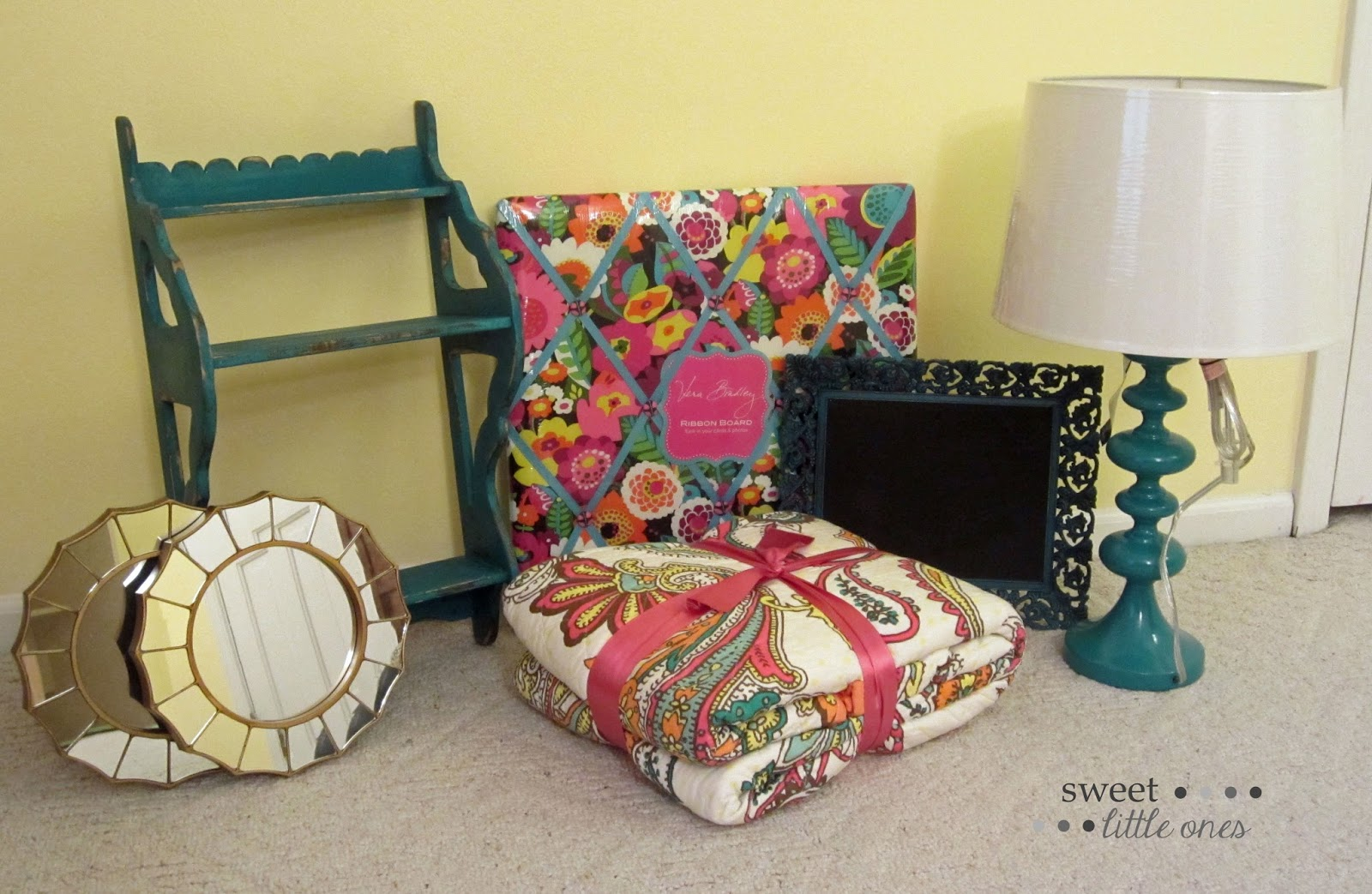 Girl's Bedroom Decor
