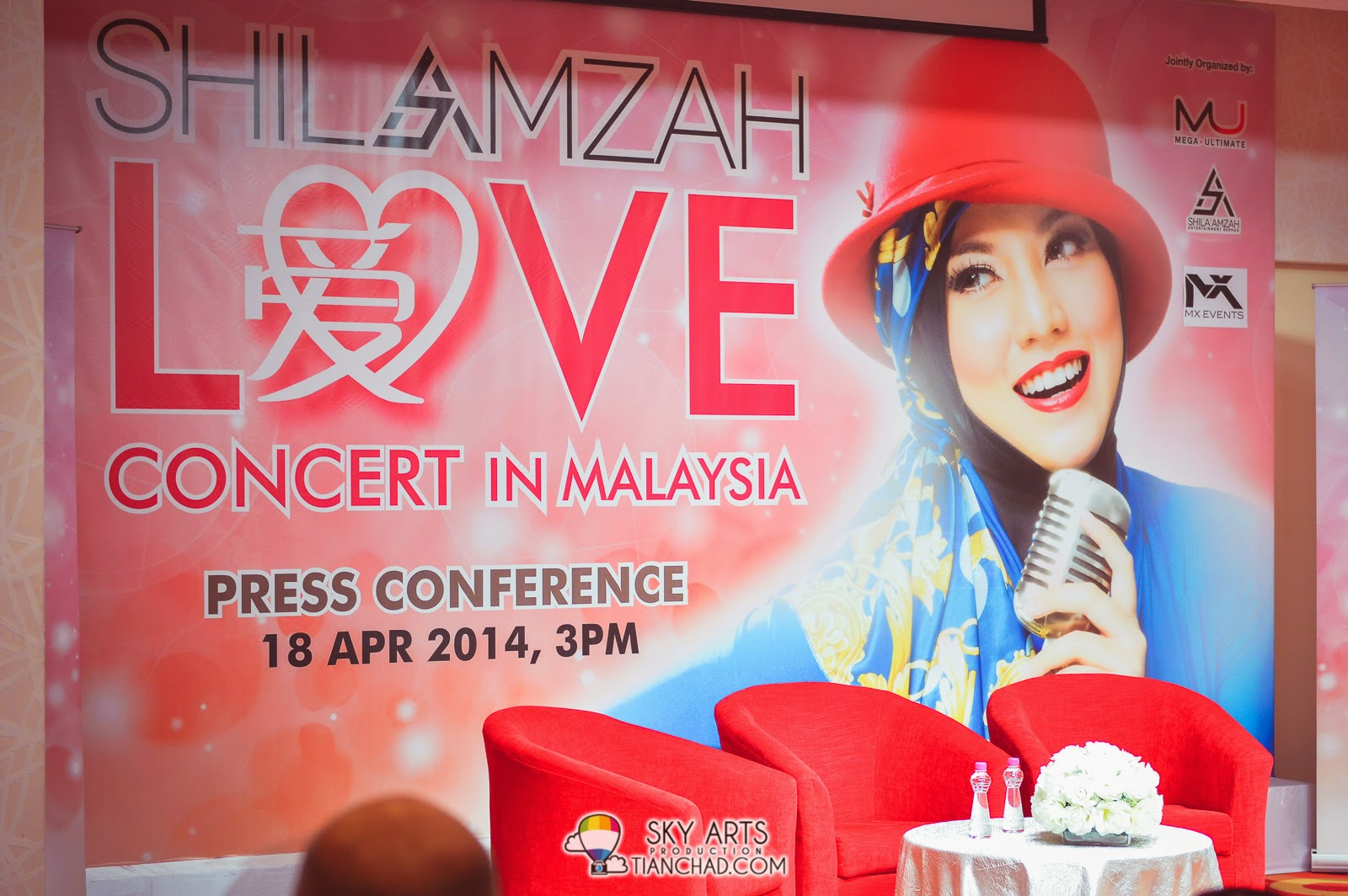 Shila Amzah 茜拉 LOVE Concert Live in Malaysia - 13 September 2014