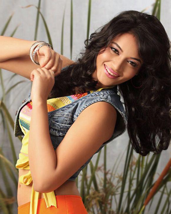 Actress Suja Latest Stills hot photos