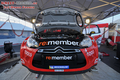 WRC suecia mecanicos solberg