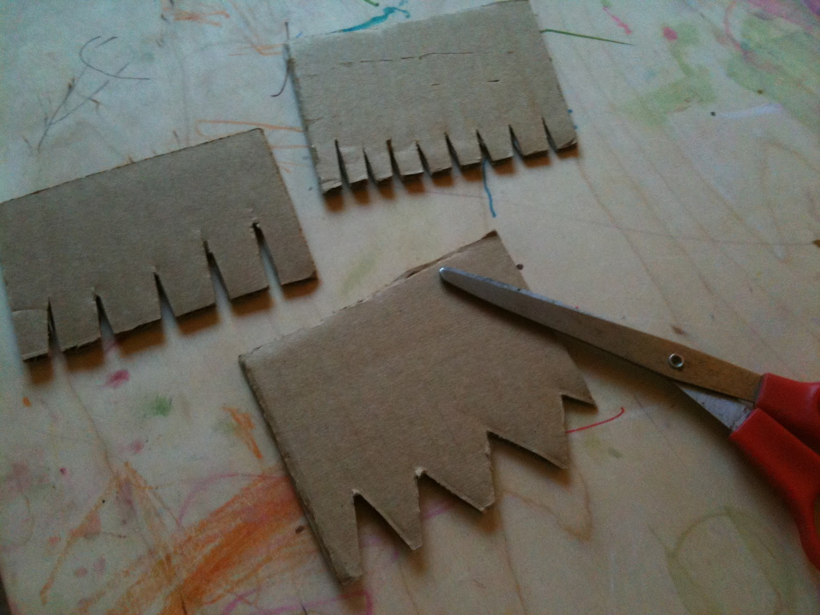 A childhood list 49 diy texture combs for painting for Cardboard for projects