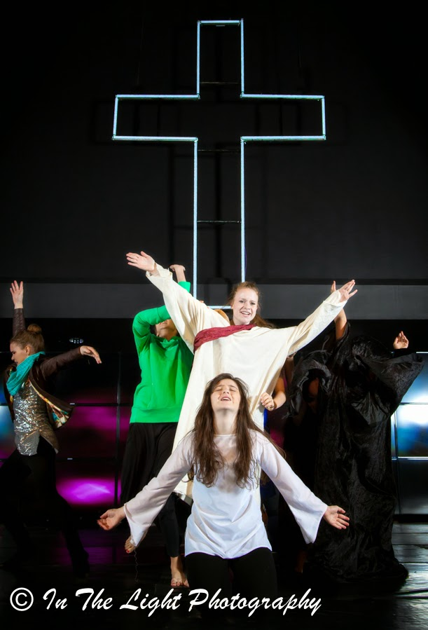 Performance Art Dance: Man repents, Jesus the Savior Rescues Man, Jesus sets the captive free, Good vs. Evil, Prayer, Power of Prayer, Experience Arts School, In the Light Photography