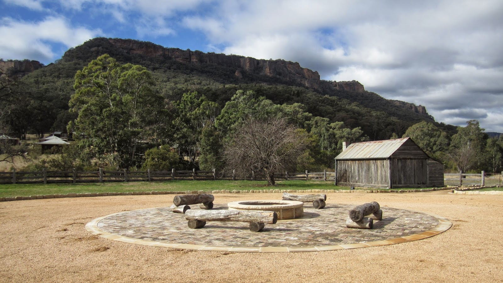 """Heritage Suites"" at Wolgan Valley nsw australia campfire pit"