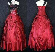 gaun mawar hitam
