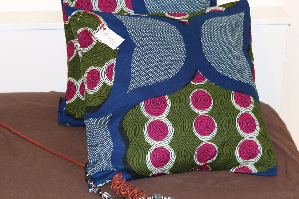 Kalowaye design housse de coussins 100 wax tissu for Housse de coussin design