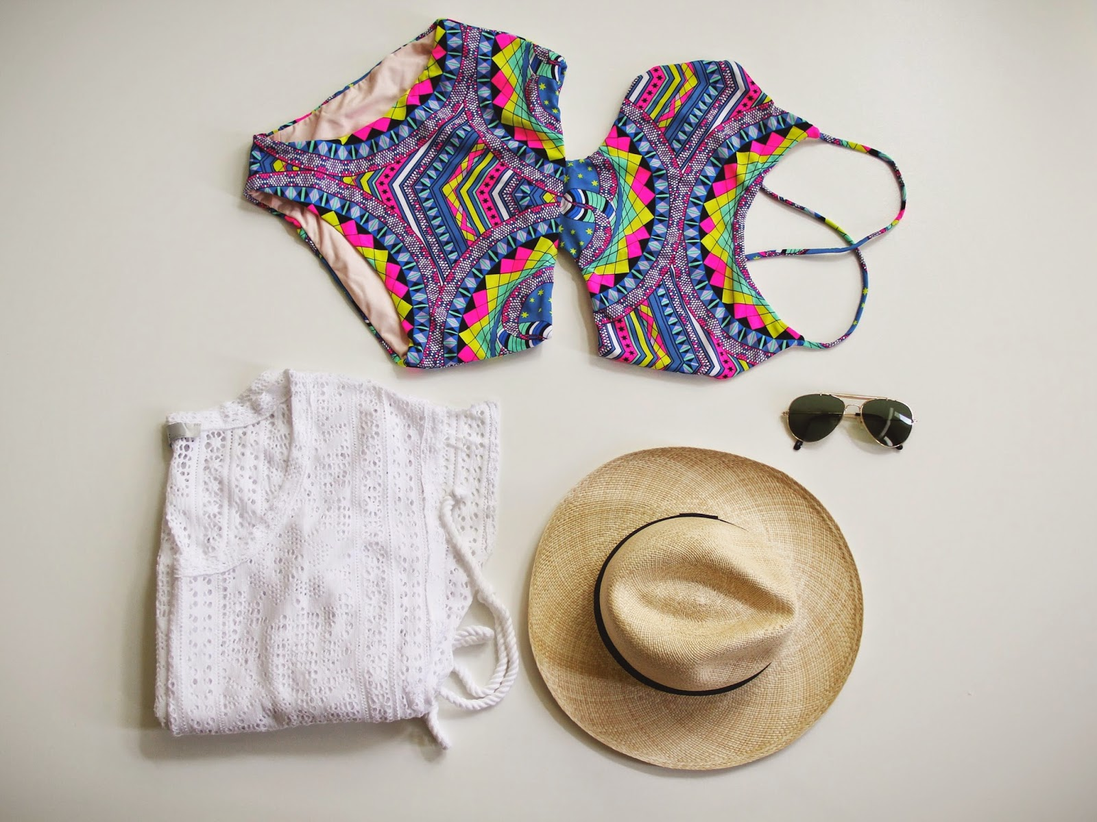 Dress cover up, cut out swimwear, hat, sunnies