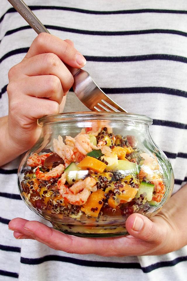 """Fruchtiger Quinoa-Süßkartoffel-Salat mit Flusskrebsen (oder auch ohne) - """"Fee ist mein Name"""""""