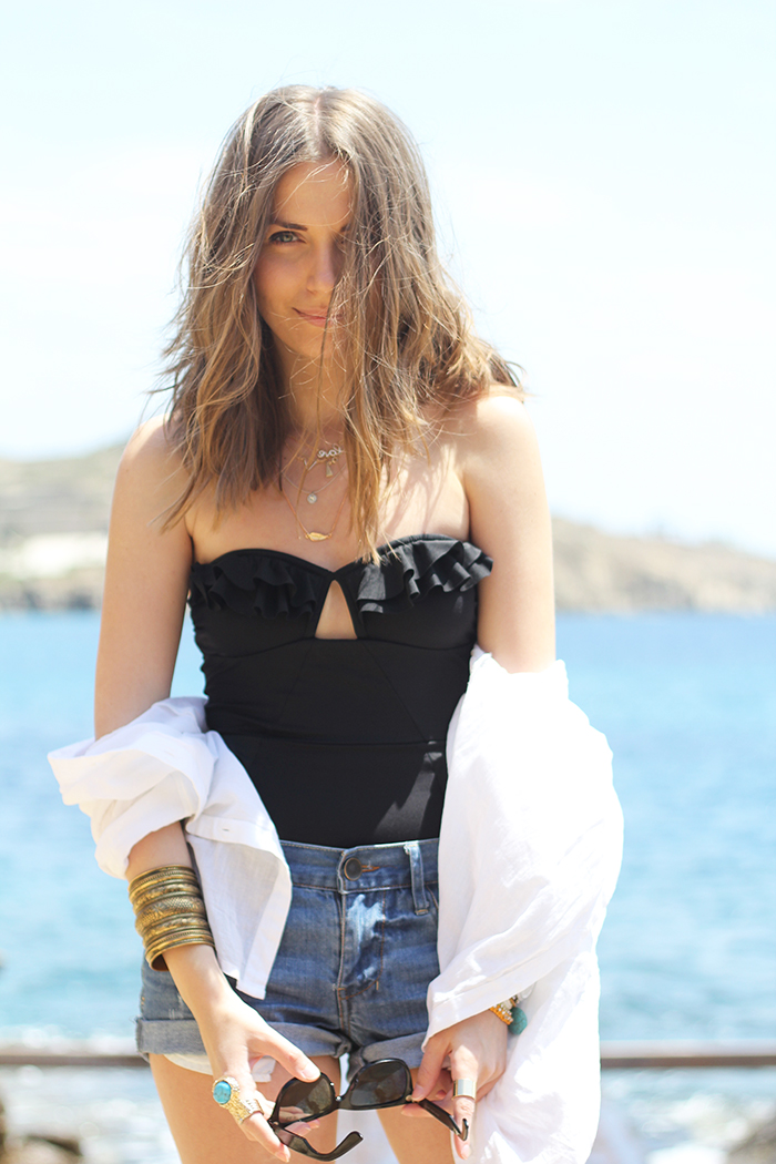 Fashion and style mykonos san giorgio beach look of the day Fashion and style vanja