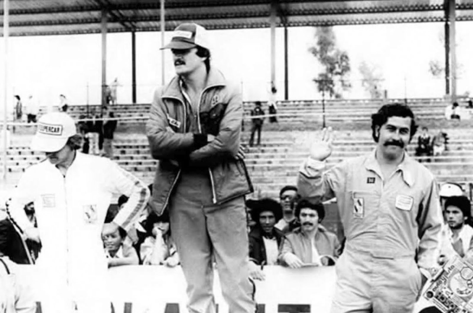 axis of oversteer the racing career of pablo escobar escobar turned up at the race four cars one each for himself and his cousin gustavo gaviria and two spares racing that day were also his narco