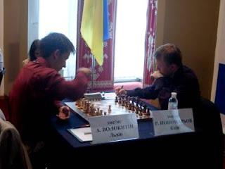 Echecs à Kiev : Andreï Volokitin (2677) 1/2 Ruslan Ponomariov (2754) © photo Chess & Strategy