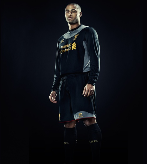 glen-johnson-jersi-liverpool-away-2012-2013