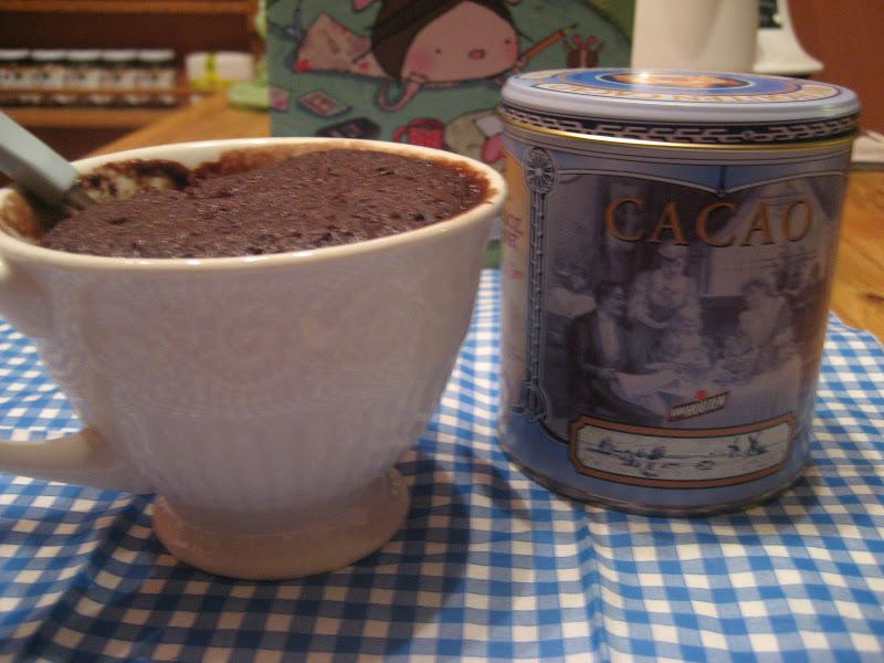 Marie est dans son assiette g teau au chocolat cuire dans une tasse - Gateau dans une tasse ...