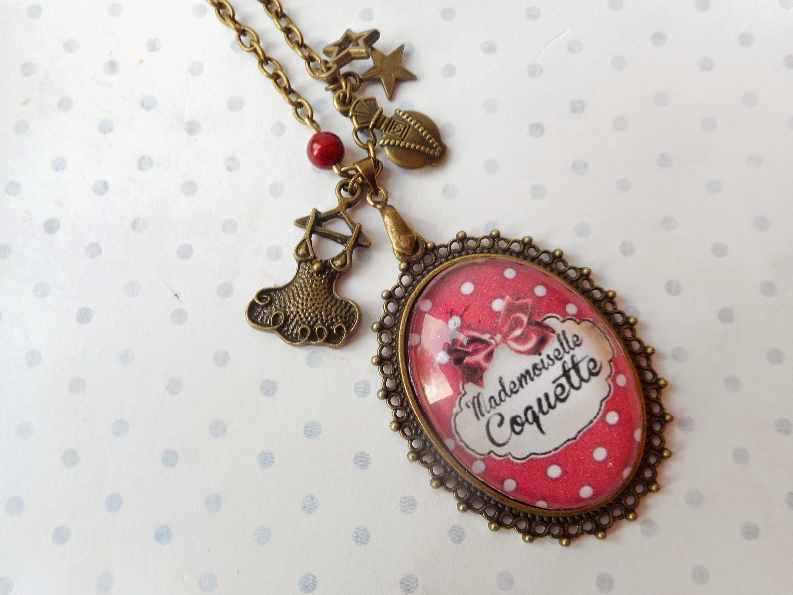 http://www.alittlemarket.com/collier/fr_sautoir_vintage_mademoiselle_coquette_les_pois_rouge_et_blanc_creation_miss_coopecoll_-11878117.html