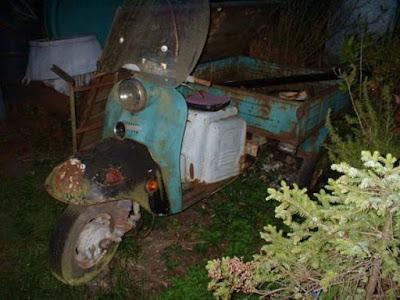 Scooter της Σοβιετικής εποχής μετατράπηκε σε τροχόσπιτο!!!