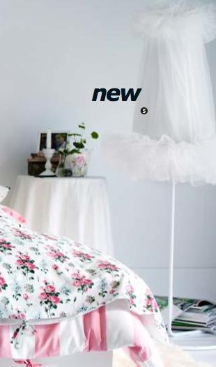 floor lamps girls room rumah minimalis. Black Bedroom Furniture Sets. Home Design Ideas