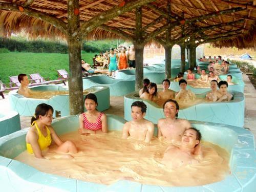 Tắm khoáng nóng Phước Nhơn 1 ngày.