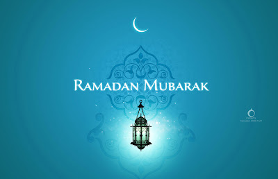 Ramadan kareem wallpaper with blue background and text in it