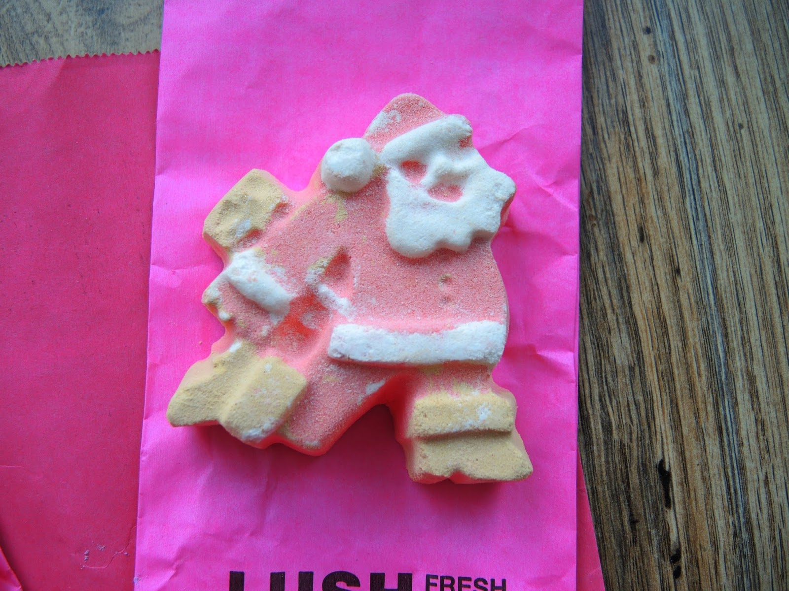 Lush Dashing Santa Bath Bomb