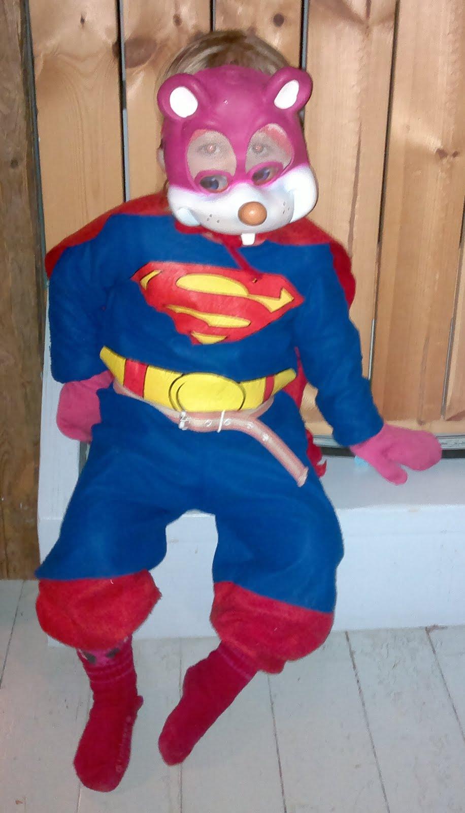 Superhiiri valmiina pelastamaan maailman!