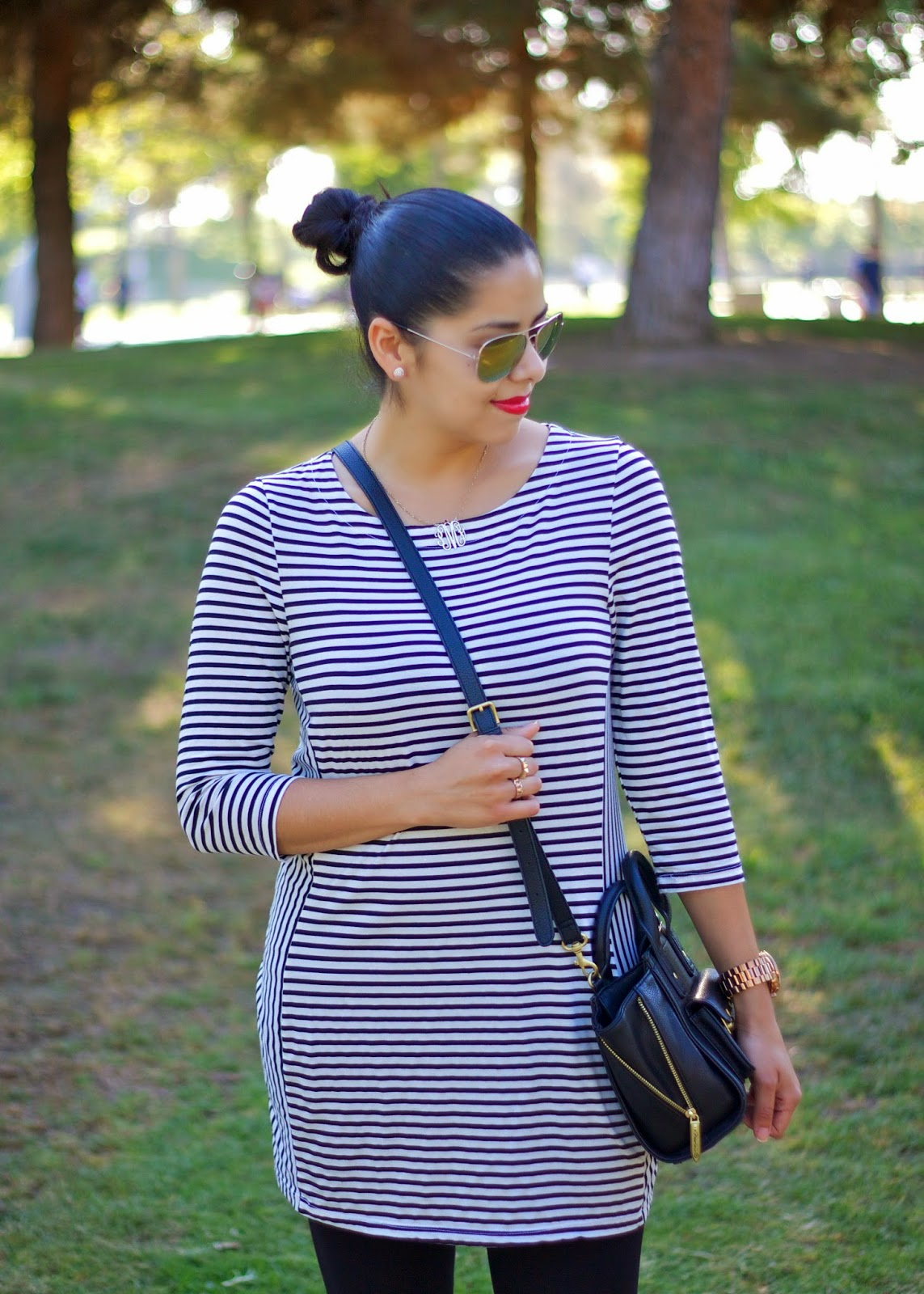Striped Tunic, How to wear a striped tunic, what to wear with stripes, high bun in an outfit, comfortable and stylish outfit