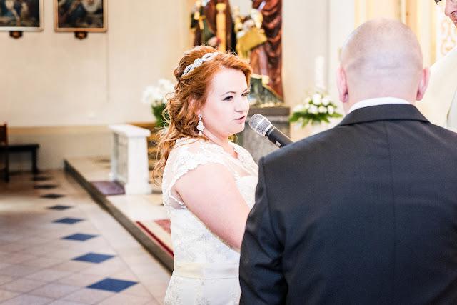 Sutaszowe kolczyki ślubne z perłami