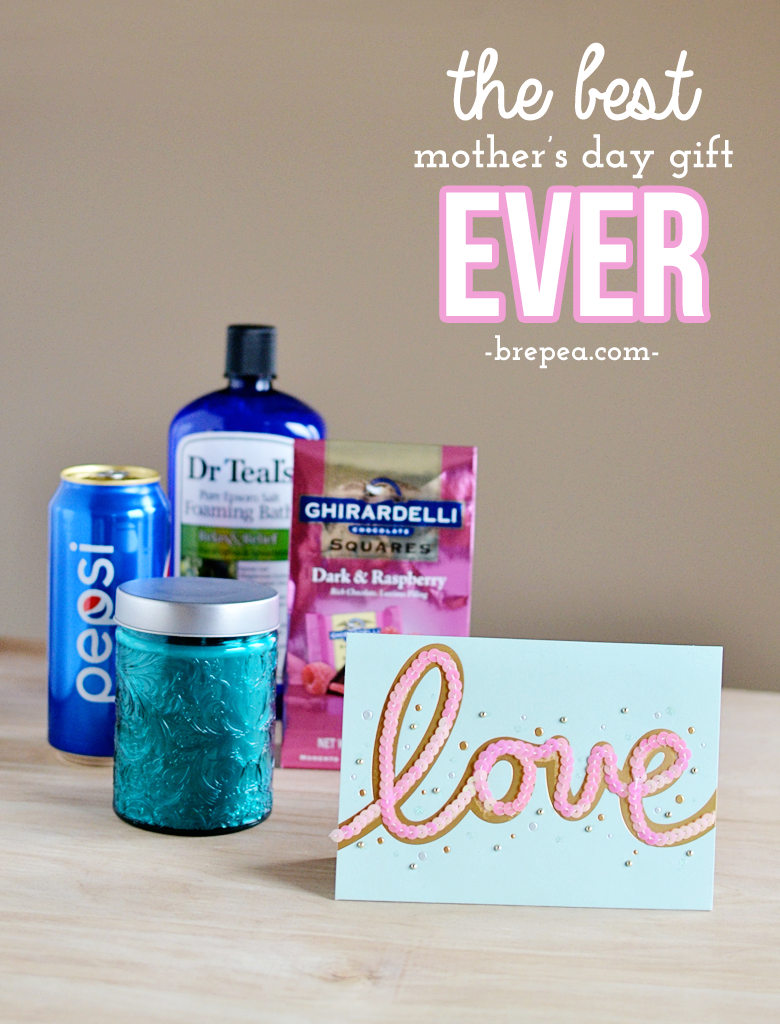 What do you give to the mom who deserves everything? This mothers day gift idea is perfect! #BestMomsDayEver #ad