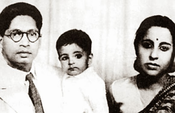 childhood rare photos of amitabh bachchan
