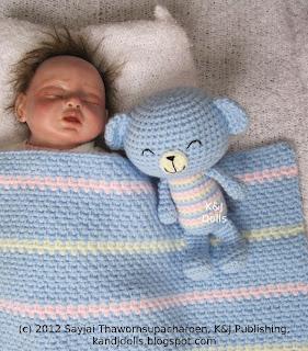 Free Crochet Pattern 80687AD Amigurumi Bear : Lion Brand