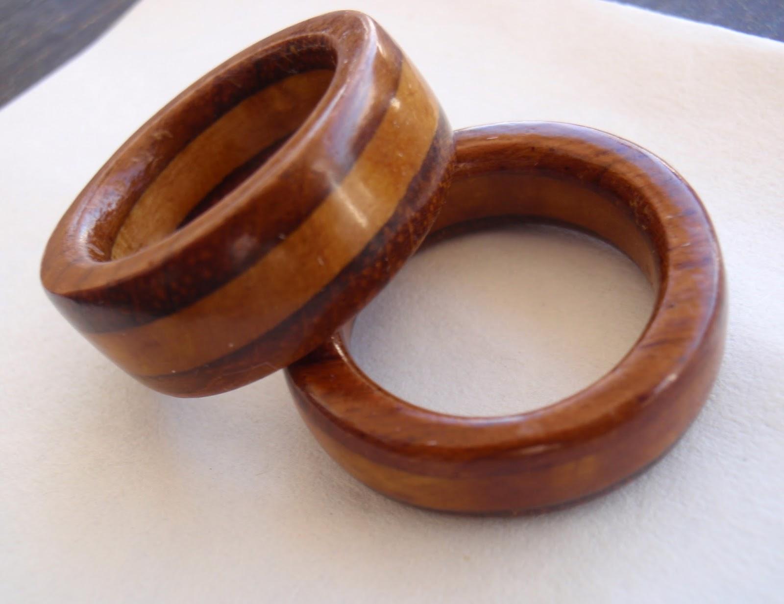 Arte en madera: Anillos de madera circulares #411A13 1600x1233