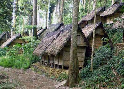 Gambar Rumah Adat Suku Baduy
