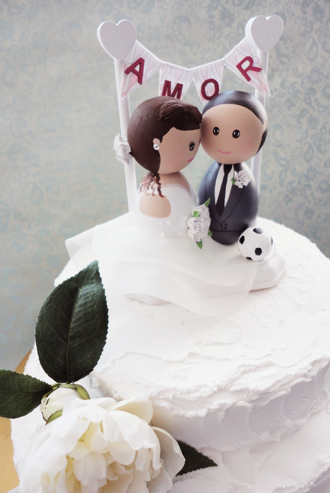 DSMeeBee: Soccer Wedding Cake Topper with a Custom AMOR Bunting Banner